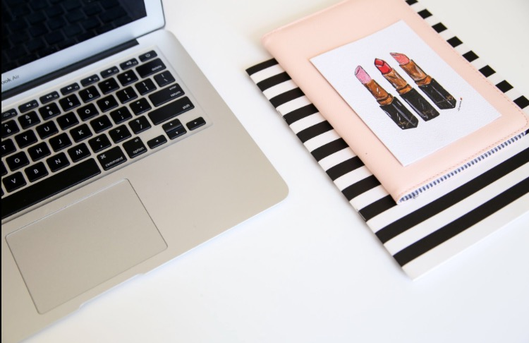 How to use your blog to attract brides