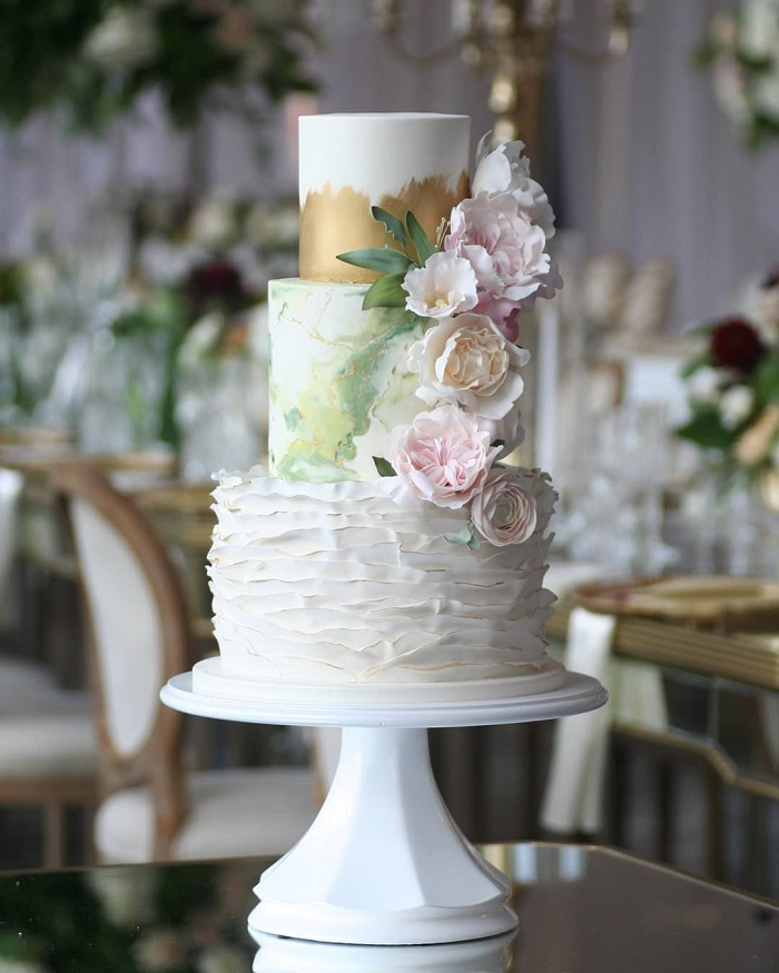 The girl with the most cake wedding cake in Ottawa