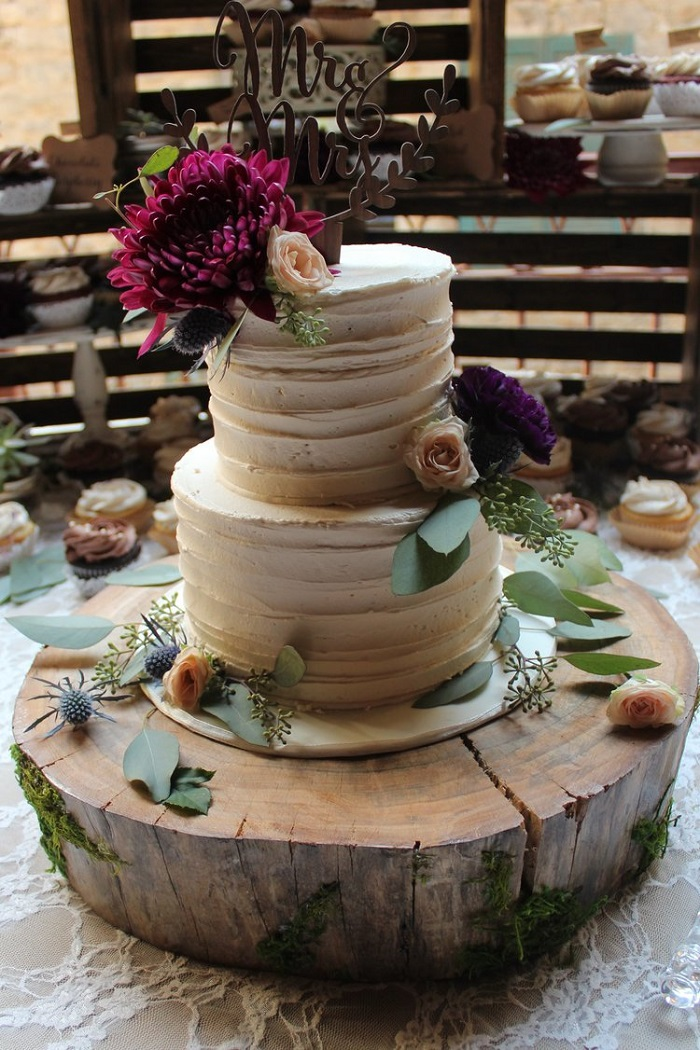 Are you looking for the best cake artist in Ottawa? Looking no further than Serendipity Cakes by Olivia!
