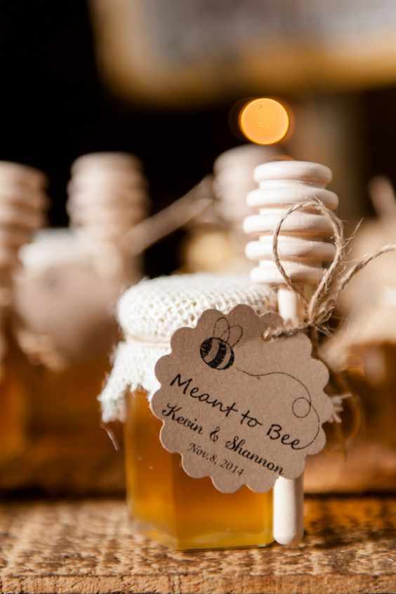 Unique Wedding Favours Ideas That Will Wow Your Guests