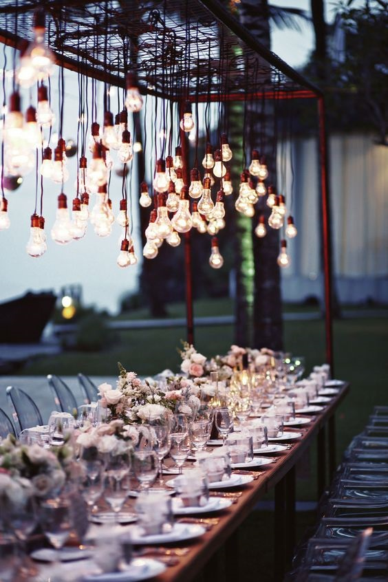 hanging lights is perfect for outdoor wedding