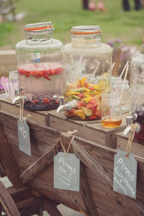 diy rustic drink station. Rustic wedding decoration ideas. Rustic decorations on a budget. Rustic wedding planning ideas. Rustic decorations for a wedding. Cheap rustic wedding ideas. Outdoor wedding ideas on a budget. DIY outdoor wedding ideas. #rusticwedding