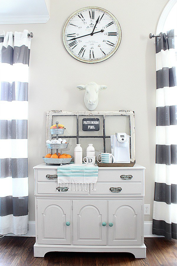 DIY Farm house coffee station. DIY Farmhouse decor ideas for the home that can be used for inspiration to plan your wedding. DIY Rustic wedding decor ideas that you can steal from farmhouse decorations to inspire your style. Farmhouse modern decor ideas to use for your wedding inspiration #modernhomedecor #farmhousedecor #rusticwedding #decorideas
