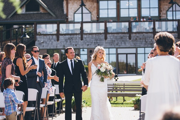 Elk Ridge Resort and Spa. The best wedding venues in the World. Find the best places to get married in Canada. We have rounded up the best wedding venues in Canada #weddingvenues #weddingsincanada