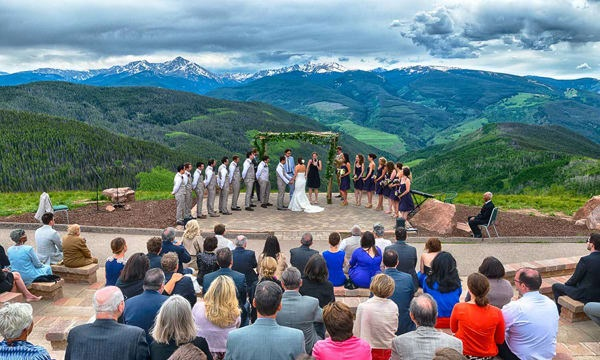 Vail About the Resort Groups and Weddings Weddings. The best wedding venues in the World. Find the best places to get married in Canada. We have rounded up the best wedding venues in Canada #weddingvenues #weddingsincanada