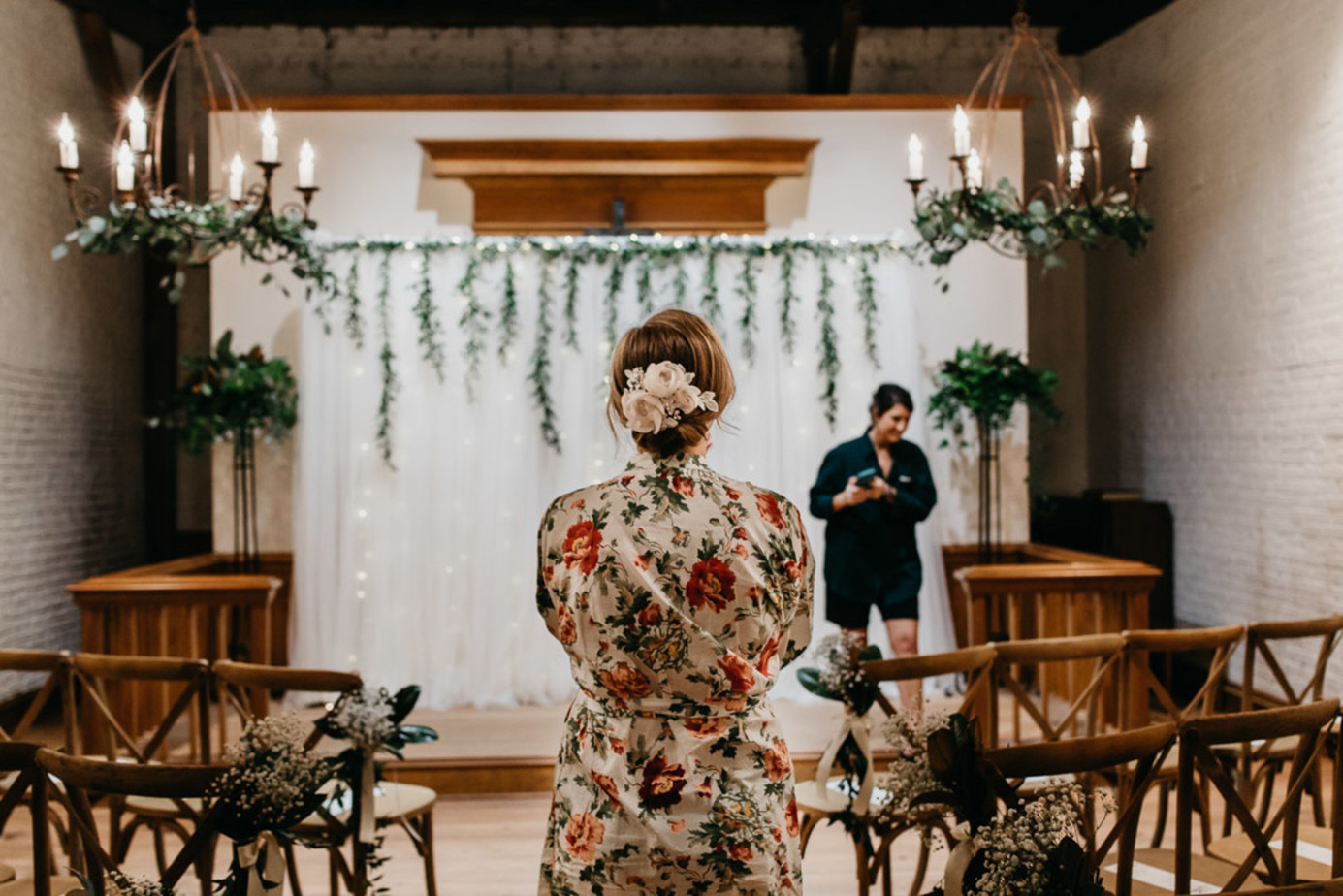 industrial chic wedding. Classy wedding in an industrial wedding setup. How to plan a wedding. Real couples getting married. #weddingplanning #chicwedding