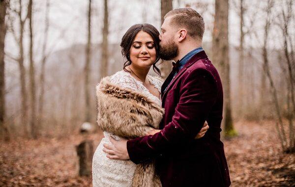 Kristina + Mark Romantic Winter Wedding | Adventures on the Gorge