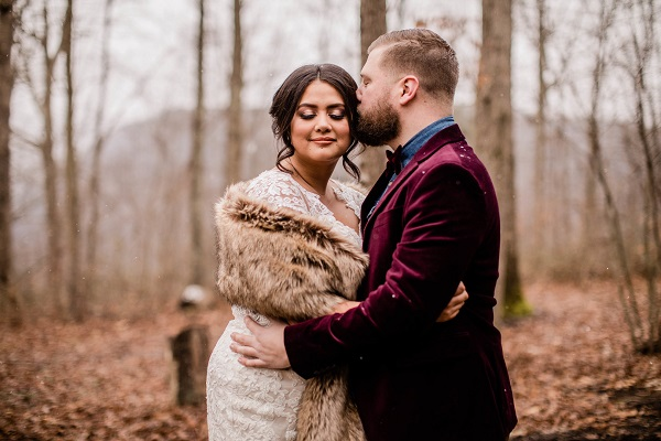 A romantic winter wedding perfect for a bride looking for winter wedding ideas!