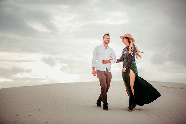 The best travel bloggers capture romantic session