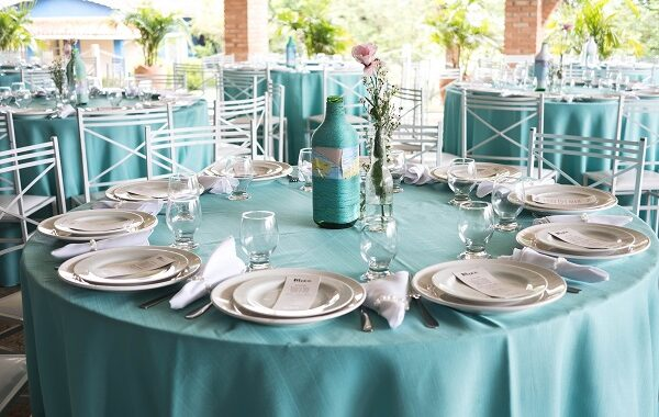 Easy & Elegant:12 DIY Wedding Centerpieces That Your Guests Will Love