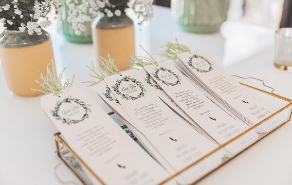 When To Send Out Wedding Invitations: Top Tips TO FOLLOW!