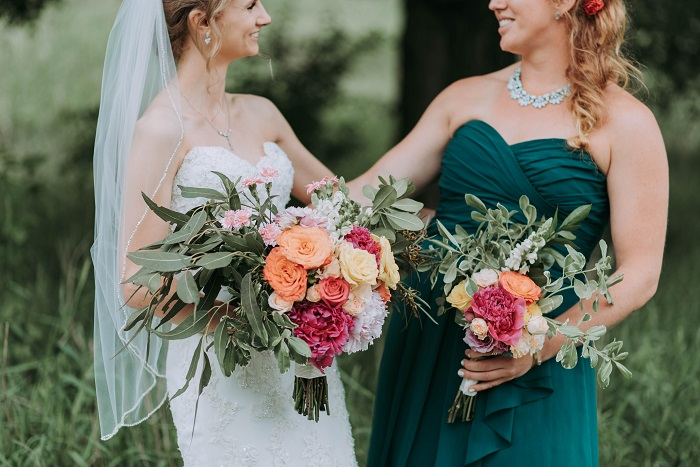 Wedding hashtag ideas generator! Need inspiration for your perfect funny, punny, or sweet wedding hashtag? Here's 8 ways to generate literally hundreds of ideas and find your perfect wedding hashtag. Get creative wedding hashtag ideas for your big day -click here!