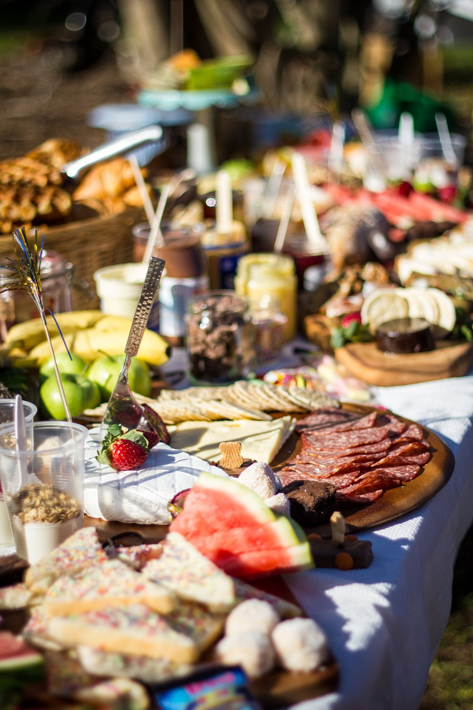Wedding food ideas on a budget buffet! Wedding reception food tips and ideas to help stay within budget. Low funds doesn't have to mean a boring wedding menu. Here are ideas for making your food unique while still keeping the costs low!