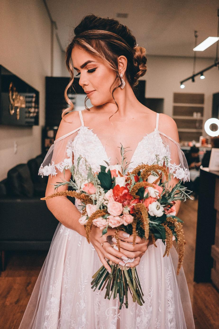 Everything you Need to Start Planning Your Wedding! The day the love of your life proposes is truly one of the most wonderful moments you can experience. There are tears of joy and excitement, phone calls to loved