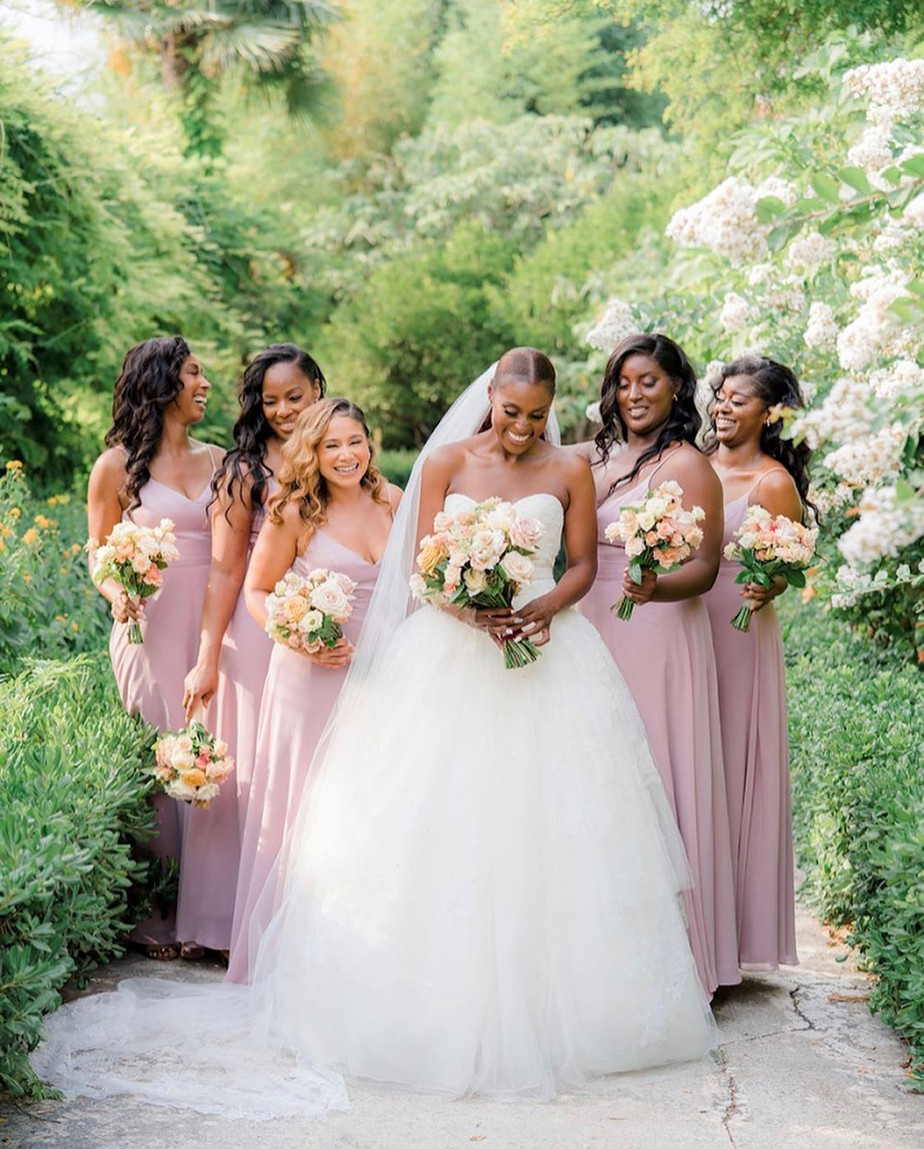 Issa Rae's wedding photos in France! Issa Rae Marries Louis Diame in Stunning Vera Wang Wedding Dress A congratulations is in order to the Insecure star Issa Rae. Rae married her longtime boyfriend Louis Diame in the South of France in a romantic private ceremony. Issa hilariously confirmed the new…